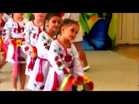 Украинский танец с веночками.  Старшая группа детсада № 160 г. Одесса 2019