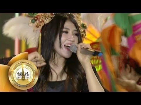 Cantiknya Via Vallen Saat Nyanyi POKOKE JOGET - Anugerah Dangdut Indonesia 2017 (7/12)