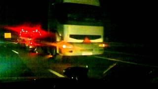 pomoc drogowa krakow holowanie ciagnika siodlowego po autostradzie w nocy globus-hol
