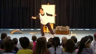 Tina la rondine pittrice - spettacolo per bambini con pittura dal vivo