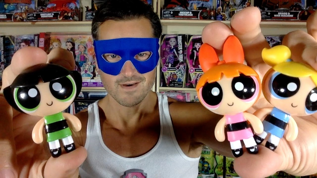 The PowerPuff Girls 2 inch action dolls Blossom and Fuzzy Lumpkins