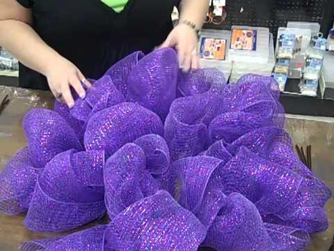 how-to:-make-a-geo-mesh-wreath