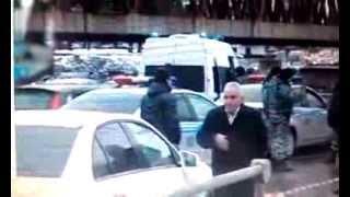 В Москве задержан свадебный кортеж «стреляющей свадьбы».