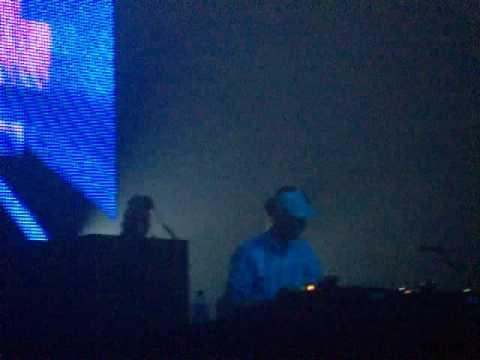 Tiga @ polsslag 2009 playing Adam Sky ft. Zoo Brazil - Circle Jerk (Bloody Beetroots remix)