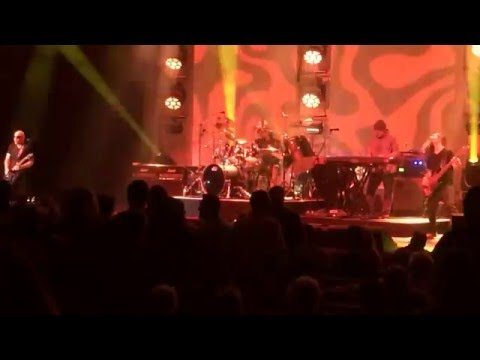 Joe Satriani: Band jam/God is Crying (March 11, 2016: San Antonio, Tx.)