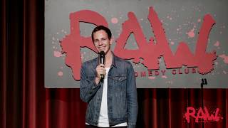 "JONAS STRANDBERG - ""Facebookgrupper är småstädernas Batman"" 