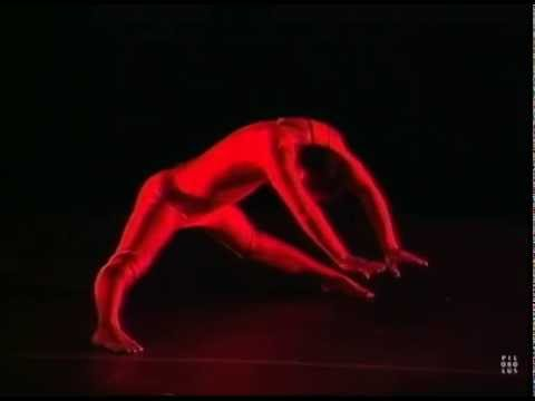 Pilobolus Dance Theater: Pseudopodia