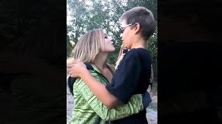 Video best friends have a very awkward first kiss... download MP3, 3GP, MP4, WEBM, AVI, FLV Agustus 2017