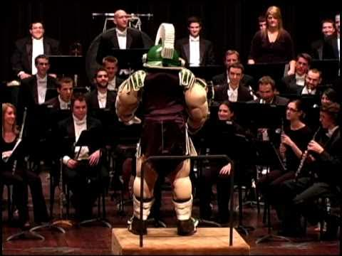 Sparty Conducts the MSU Fight Song