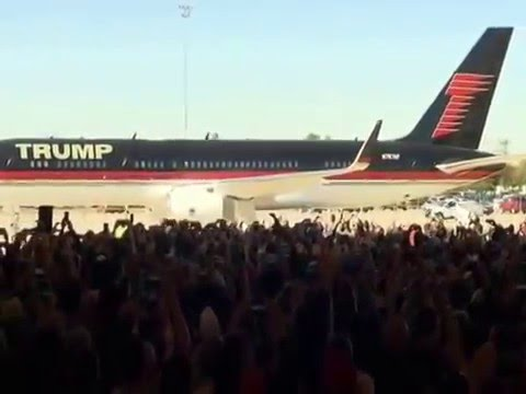 Donald Trump Arriving in Private Jet to Mesa AZ  Rally