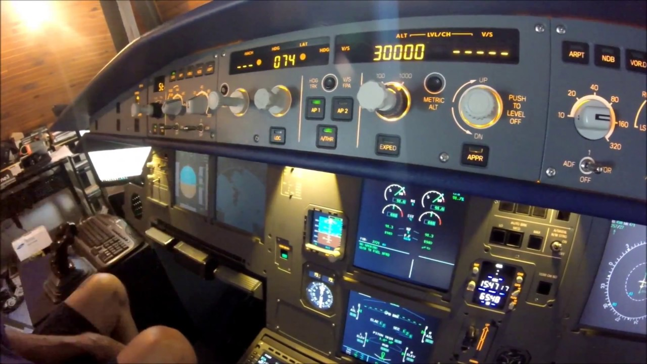 AWESOME ! I try his AIRBUS A320 Home Cockpit !