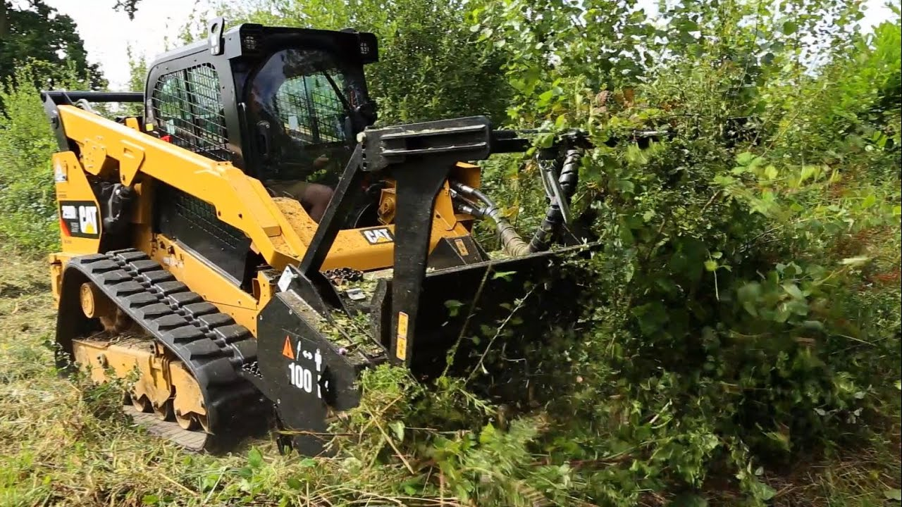 Cat® 299D2 XHP Compact Track Loader with Mulcher Customer Story  (Northamptonshire, UK)
