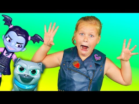 VAMPIRINA Disney Puppy Dog Pals and the Assistant Magic Treasure Hunt