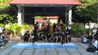 Dreaming Feet Crew & Renaissance Crew | English Week Opening Show
