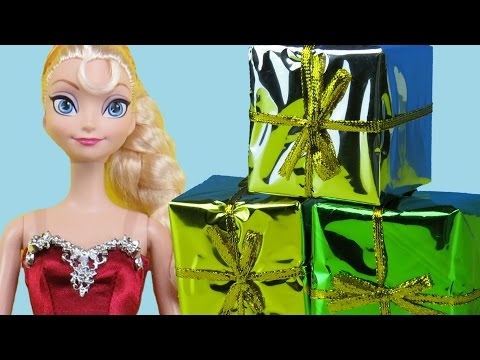 2015 CHRISTMAS Gifts ! ELSA, ANNA toddlers open the Christmas presents! Cool toys!