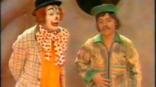 pipo de clown - geland op de lachplaneet