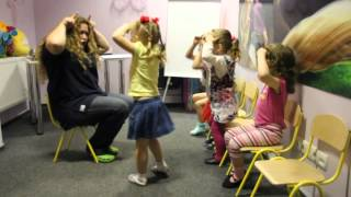 Заняття з вокалу молодшої групи (розминка)