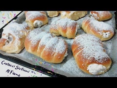 cartocci/maccalè:dolci-di-carnevale-siciliani-al-forno;-soffici-brioche-come-se-fossero-fritte