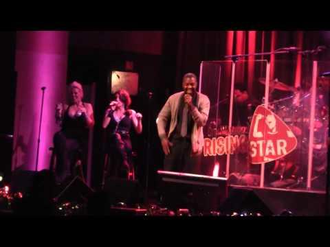 Universal Citywalk Rising Star Karaoke - Marvin Gaye-Let's Get It On performed by Jabare