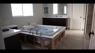 PEN7260GWP tub.Jacuzzi lifting & installation in San Diego. Almco Plumbing