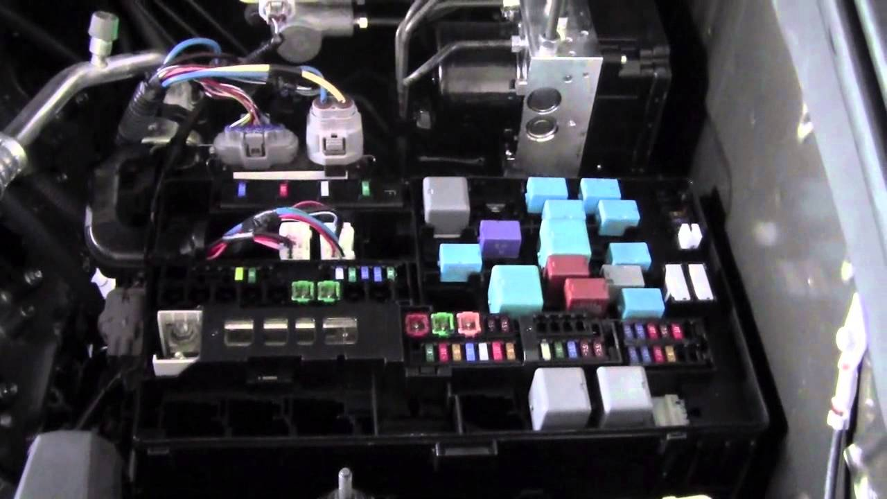 Toyota Auris 2007 Fuse Box Location Data Wiring 2012 Tundra Fuses And Relays How To By Brookdale Rh Youtube Com Yaris Diagram