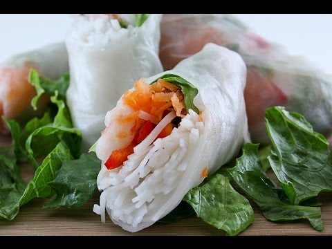 Vietnamese Rice Paper Roll | Salad Rolls | Gỏi cuốn : ASMR / Mukbang ( Eating Sounds )