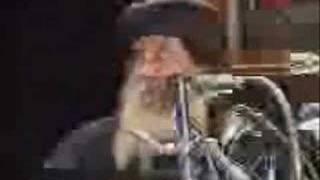 البابا شنوده الثالث ومحاوله بائسه و يائسه لتحفيظ الإنجيل