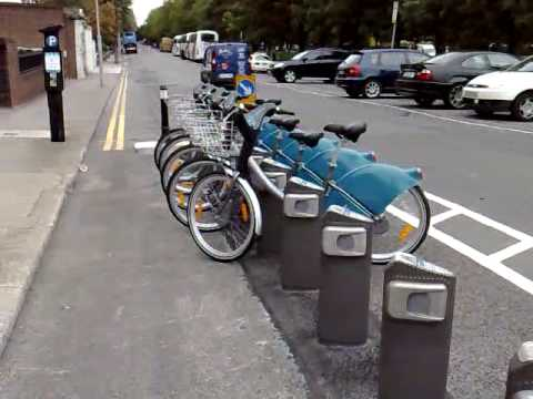 Dublin Bikes - Bike Rental Station. Quick Look At The Bicycles...