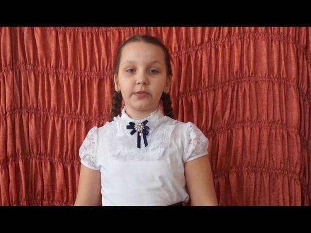 Изображение предпросмотра прочтения – АлександраЧернявская читает отрывок изпроизведения «Родники» АнатолияИвановичаШестопалова