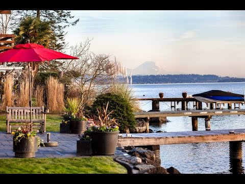 Custom Waterfront Estate in Holmes Point, Kirkland