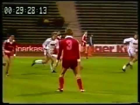 Gerd Muller - Bayern Munich 9 x 0 Tennis Borussia Berlin (1976)