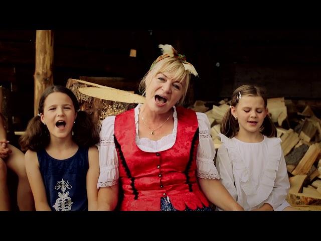 ZVEDAVKA A KÚZELNÍK - Kukurička (oficiálny videoklip)