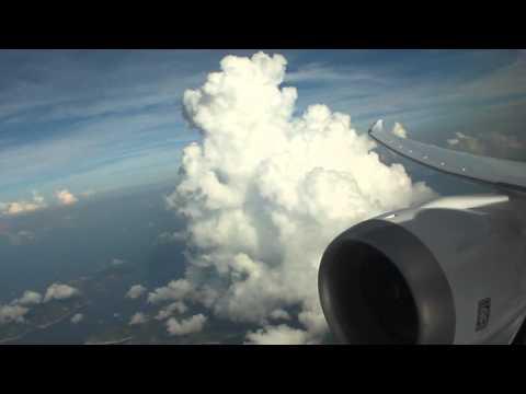 *Great engine view* Scoot B787-9 Hong Kong - Singapore