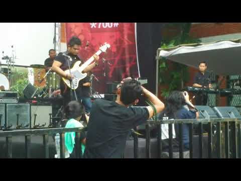 Jazz Goes to Campus 2013  Marcus Miller   Acoustic Funk Cover JGTC Concert 1