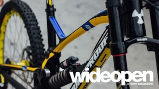 Introducing the 2016 Nukeproof Pulse Downhill Bike