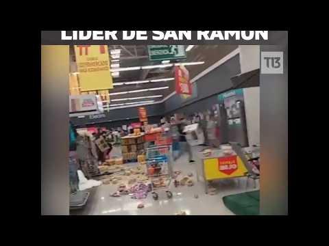 Registran saqueo a supermercado en medio de graves protestas en Santiago