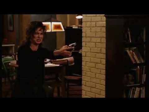 Deconstucting Harry - the genius Judy Davis (1)