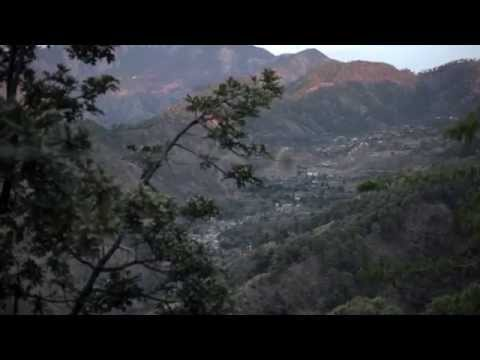 Hidden miracle - Ashram in Himalayas . Discover India