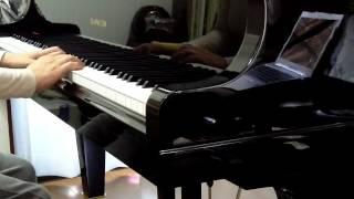 遊びで楽譜もなしで音を耳でとり左手も適当に付けています。 旋律も伴奏...