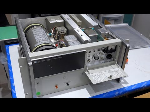 HP 5061A Cesium Clock