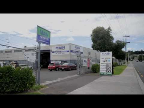 MAIN AUTOCENTRE – Auckland Mechanic Panel Beaters loan cars