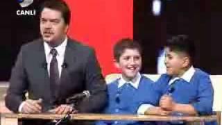 Yusuf Ve Batuhan Beyaz Show 01.02.2008