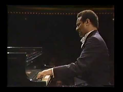 "Andre Watts plays: Liszt's ""Transcendental Etude"" #10 in F Minor."