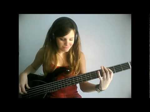 Red Hot Chili Peppers  Dani California Bass