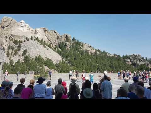 Mount Rushmore - South Dakota USA tourist guide