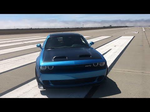 Dodge Challenger SRT Hellcat – Zobacz co potrafi 800KM!