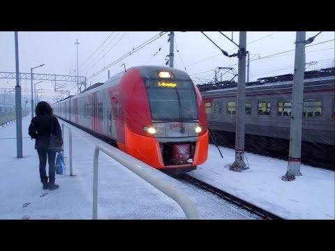 """ЭС2Г-013 """"Ласточка"""" прибывает на станцию Зеленогорск (поезд  №7509 Выборг – Санкт-Петербург)"""