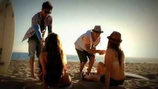 Como Te Amo Yo - Gustavo y Rein (Vídeo Oficial)