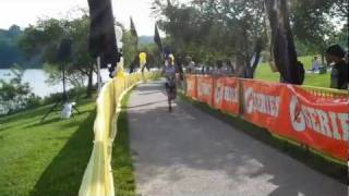 James Cunnama Race Finish - 2011 Columbia Triathlon