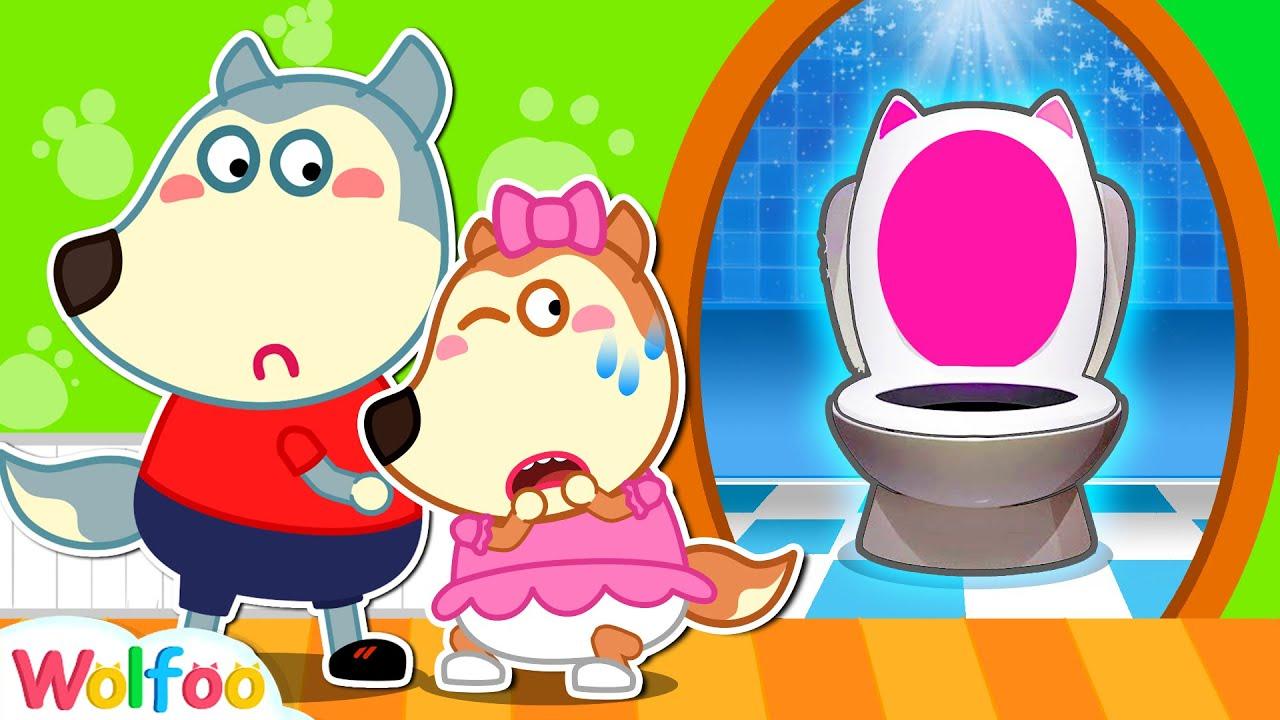 Lucy, Aprendiendo a ir al baño solito 🚽 Wolfoo en Español   Videos para niños